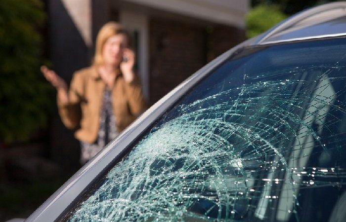 Replacement Cost of a Windshield Without Insurance?